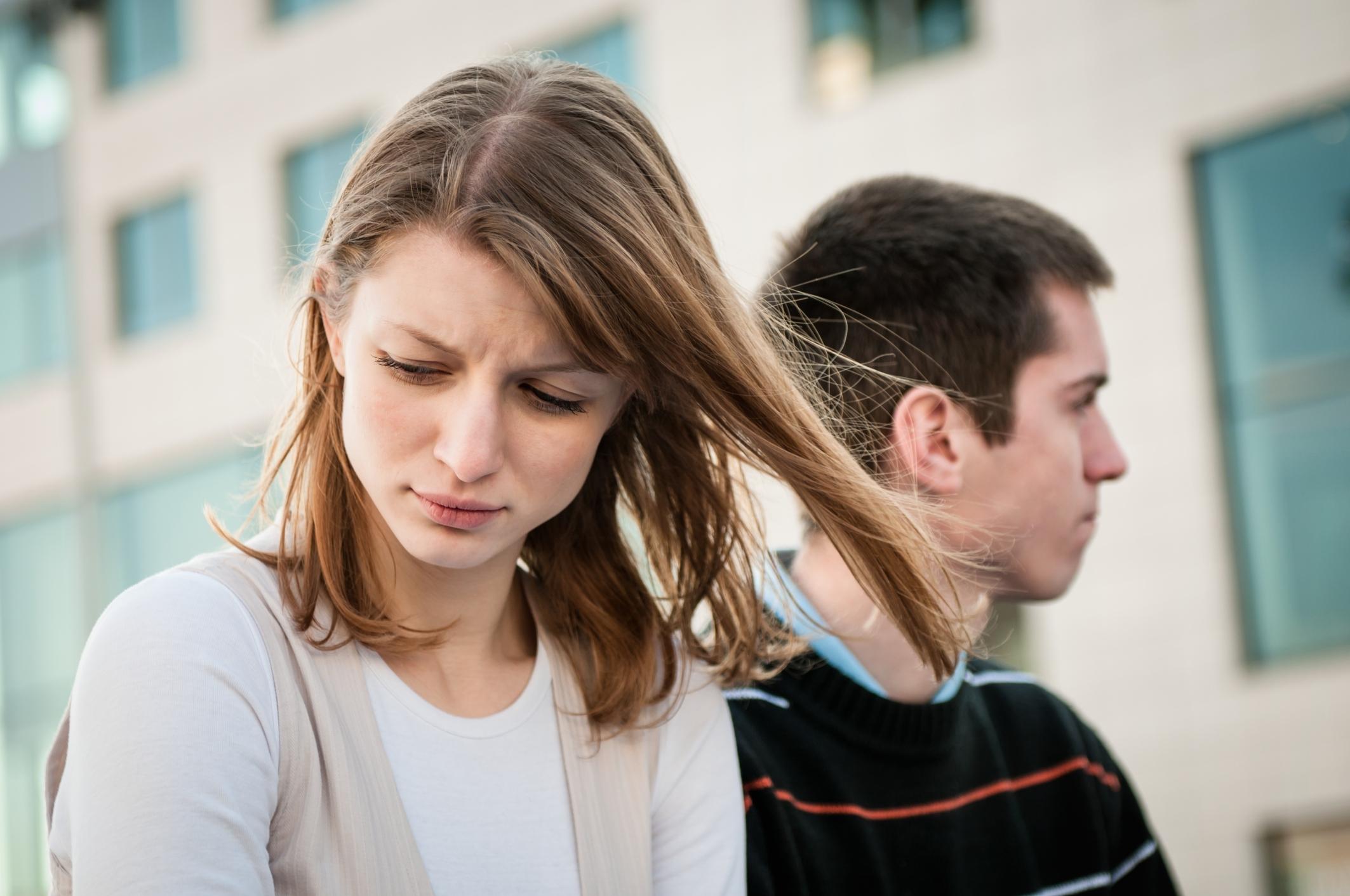 Парень и девушка ругаются картинки