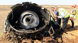 IS publishes Russian plane 'bomb' photo