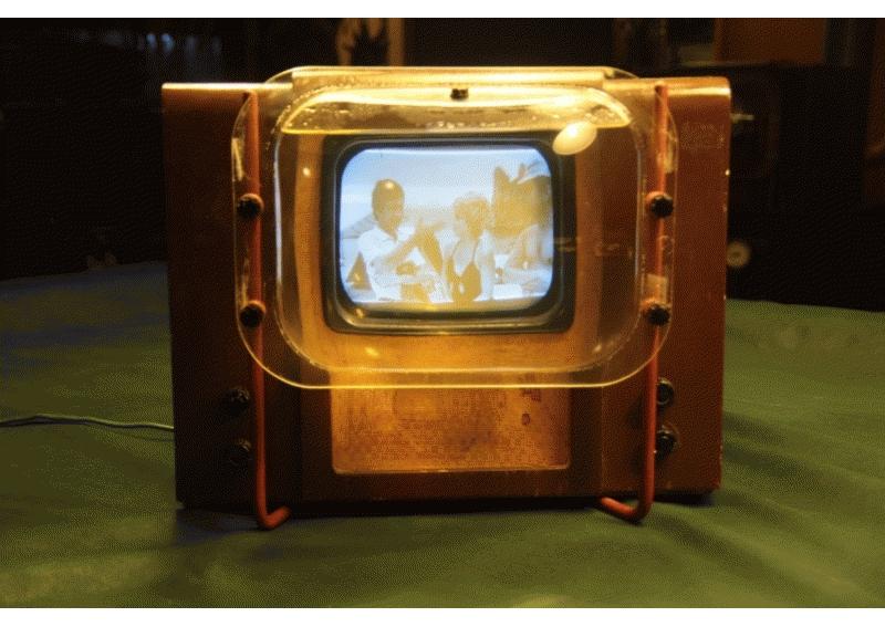 Фото Как расшифровывалось название первого советского телевизора КВН-49