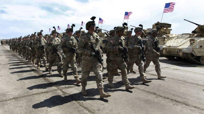Фото В Грузию доставлена военная техника из США