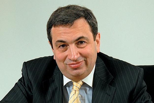«Катастрофа произошла бы при курсе доллара 125–135 рублей»