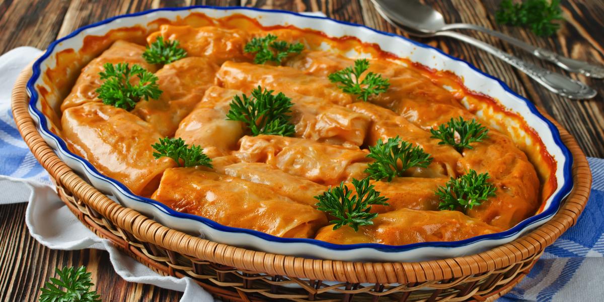 Фото Голубцы в томатно-сметанном соусе
