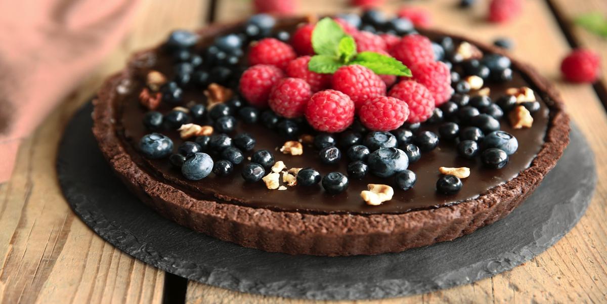 Фото Шоколадный тарт с ягодами