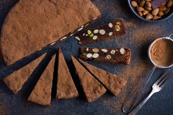 Фото Шоколадный торт без выпечки