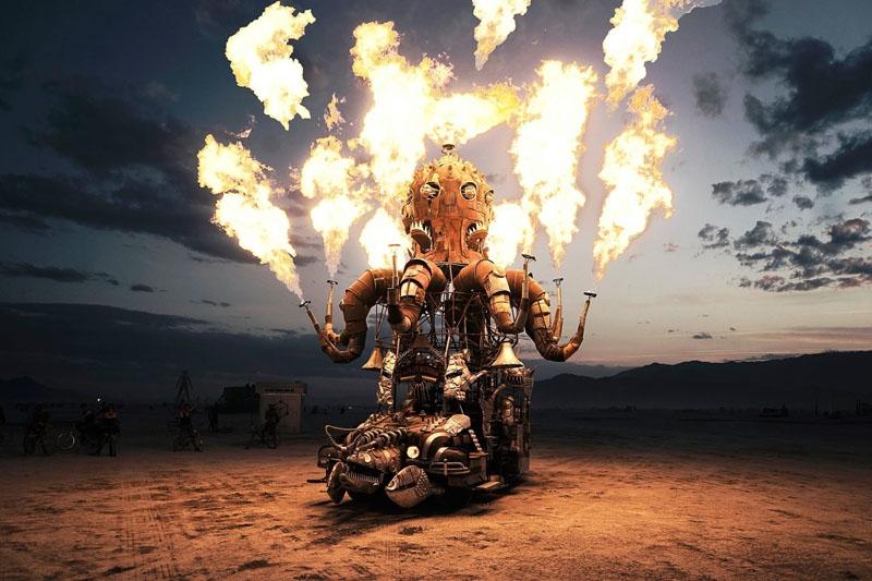 Фото Изумительные фото с фестиваля Burning Man, мистического шоу огня посреди мёртвой пустыни