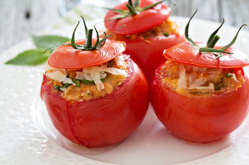 Фото Запеченные в духовке помидоры очень полезная вкусная закуска или гарнир