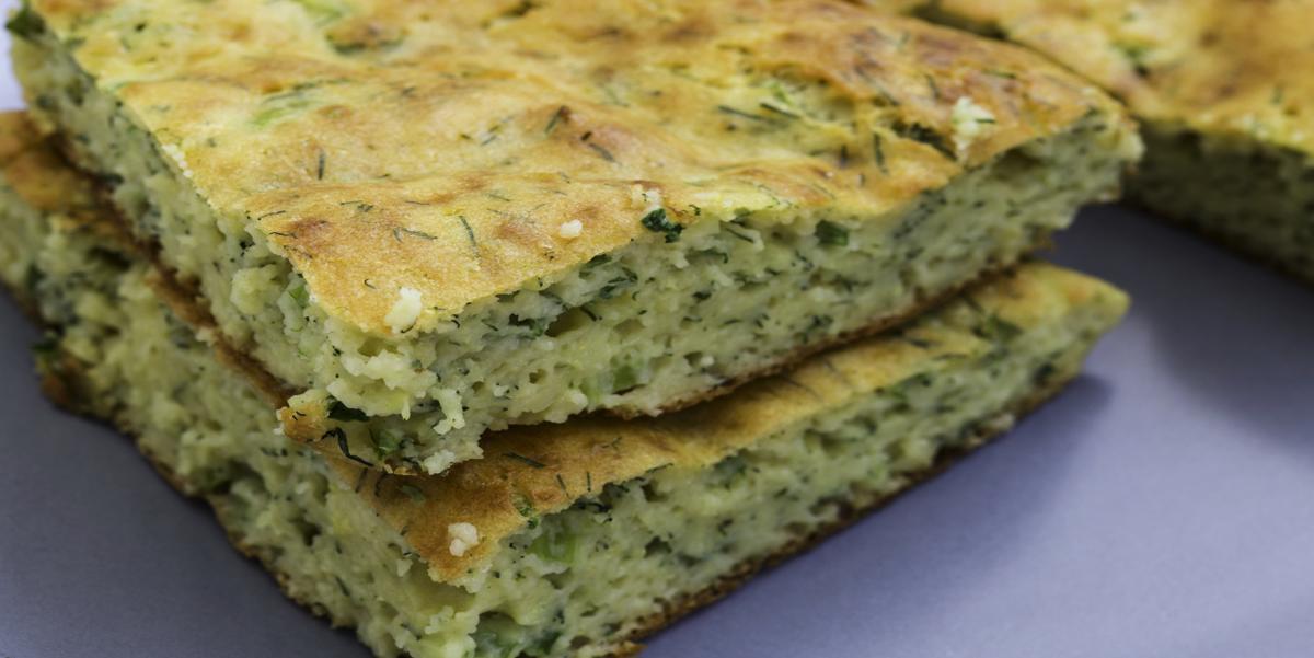 Фото Сырный пирог с зеленью на манке