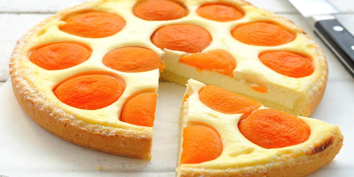 Фото Творожный пирог с консервированными абрикосами