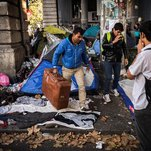 Photo of Paris Is the New Calais, With Scores of Migrants Arriving Daily
