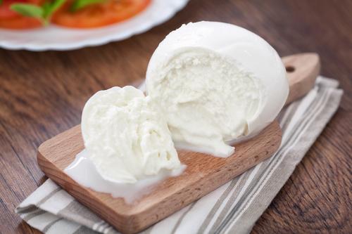 Фото Наисочнейший итальянский сыр можно приготовить в домашних условиях. Очень вкусно получается!