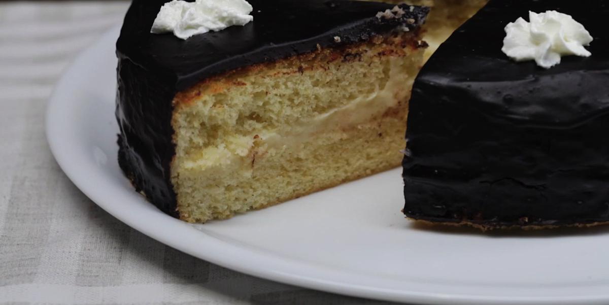 """ВИДЕО-РЕЦЕПТ: Домашний торт """"Чародейка"""""""