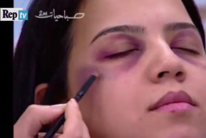 Photo of TV marroquina faz tutorial de maquiagem para esconder marcas de violência doméstica