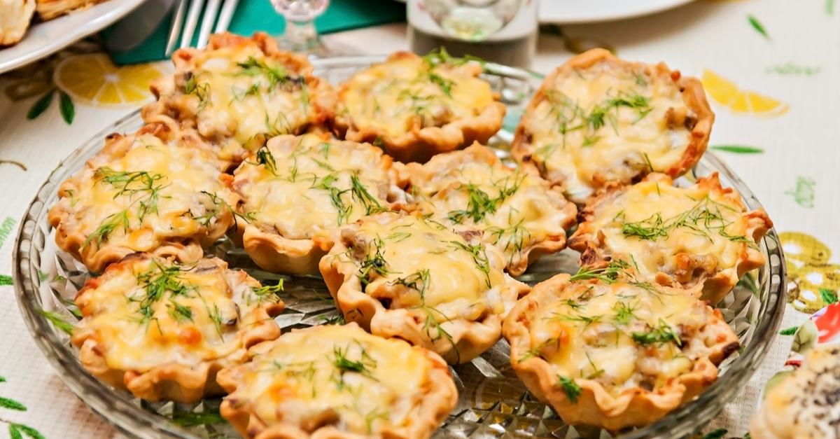 Фото Тарталетки с сыром и грибами