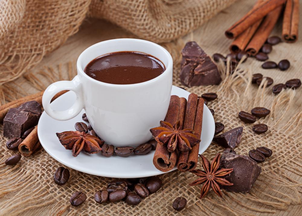 Горячий шоколад с виски и пряностями