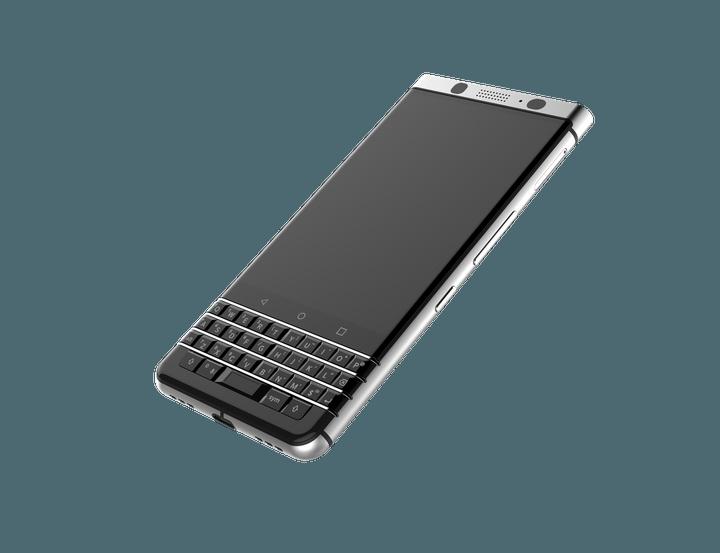 Photo of CES 2017: Saudade? BlackBerry anuncia smartphone com teclado físico