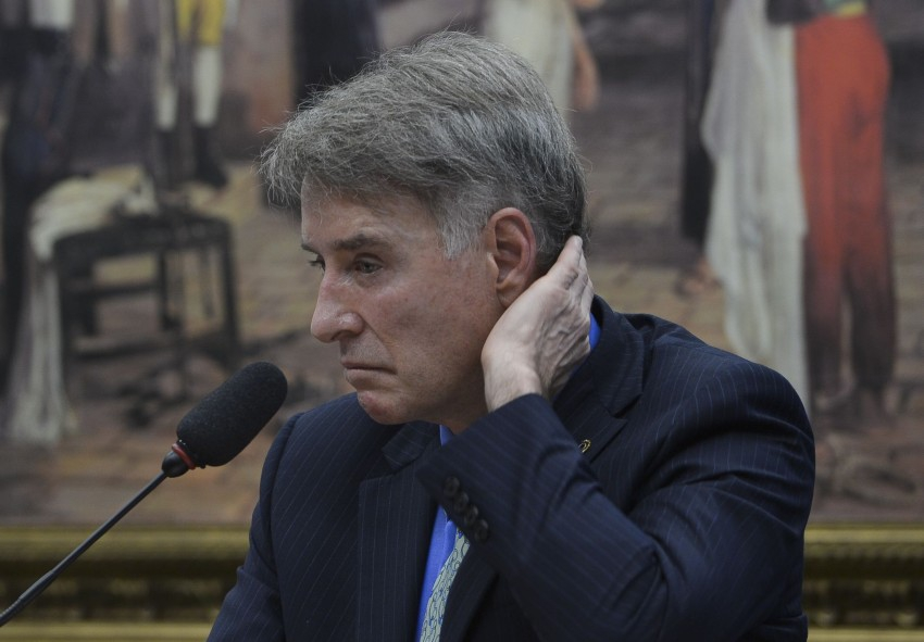Photo of Foragido e na lista da Interpol, Eike Batista dividiria cela com presos comuns