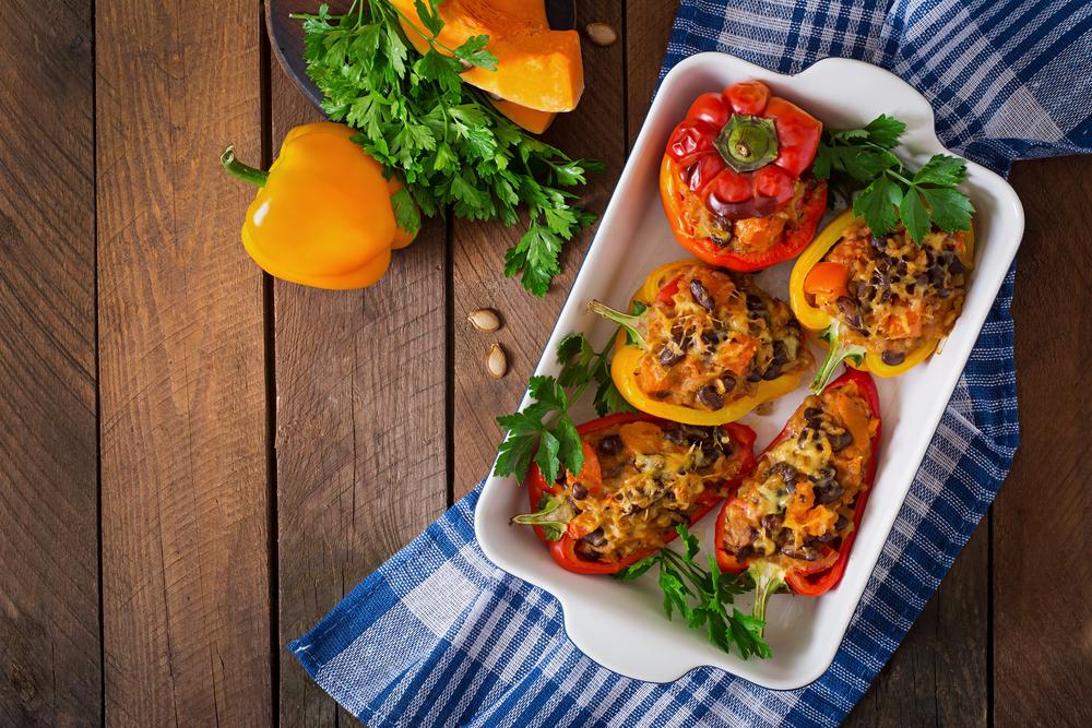 Фаршированный сладкий перец с мясом и овощами