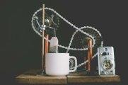 Гаджеты: Изобретатель создал удивительного робота, который умеет заваривать чай из пакетика