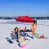 В Иркутске местные жительницы переоделись в купальники ради рекламы окресных пляжей