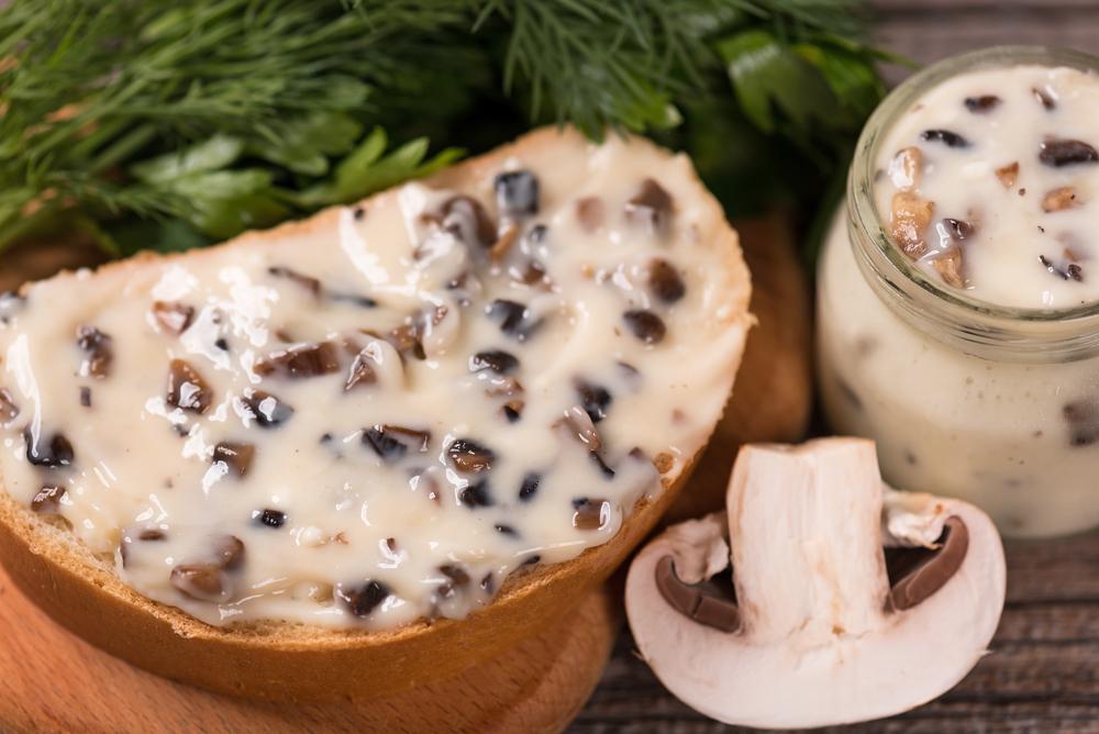 Домашний плавленный сыр с грибами