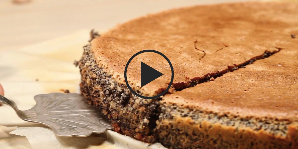 Маково-ореховый торт без муки: видео-рецепт