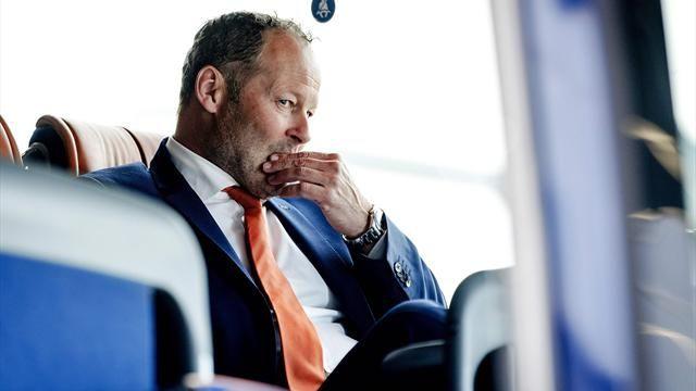 Фото Блинд уволен из сборной Голландии