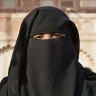 Жительницам Казахстана хотят запретить «покрывать себя чёрными одеяниями»