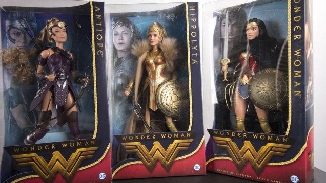 Photo of Wonder Woman Makes Barbie Look Good