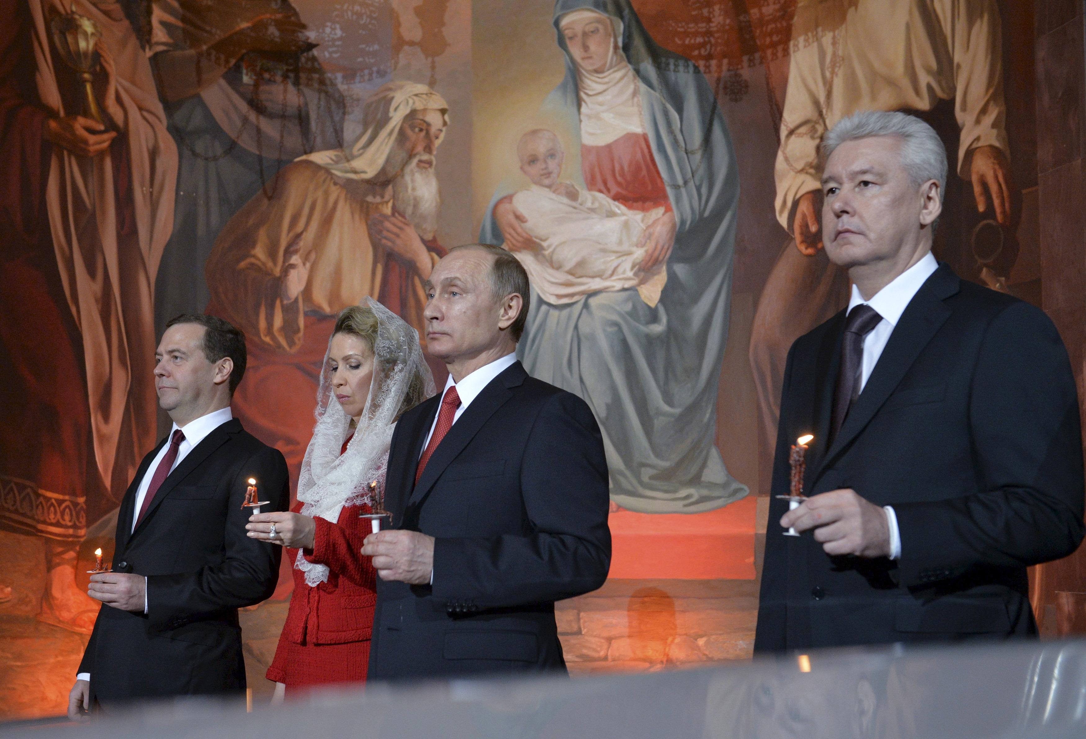 Фото «Собянину обещали, что он может стать премьером. Вот он и старается»