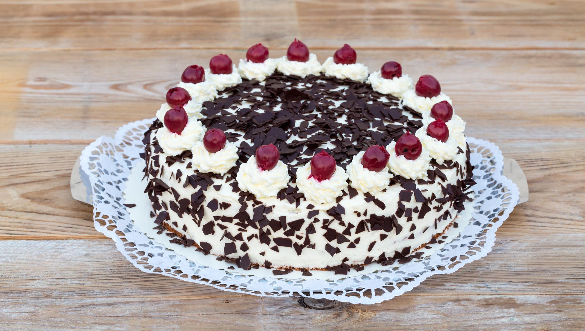 """Легкий и воздушный торт """"Черный лес"""""""