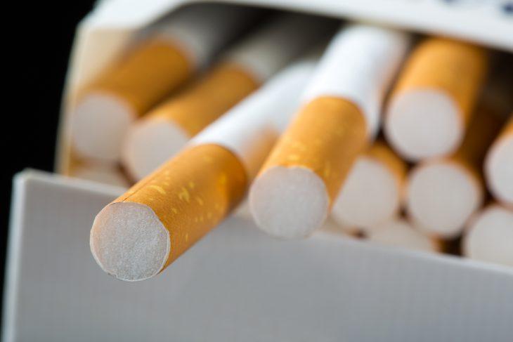 Фото Покупал сигареты назаправке, апродавщица оказалась сюмором…