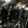 В Кузбассе сотрудники МЧС привлекли дополнительные силы для разбора завалов на шахте