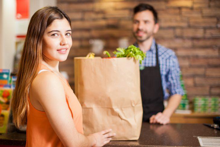 Фото Хотела купить колбасу изоленины, ноникак немогла объяснить это продавцу