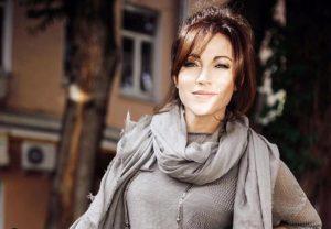 Фото Алена Хмельницкая восхитила поклонников снимком без макияжа