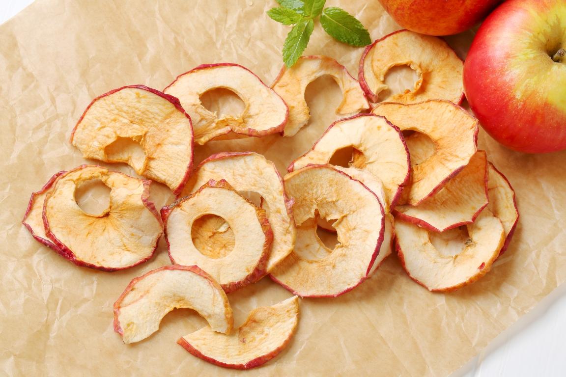 Тонкие яблочные чипсы