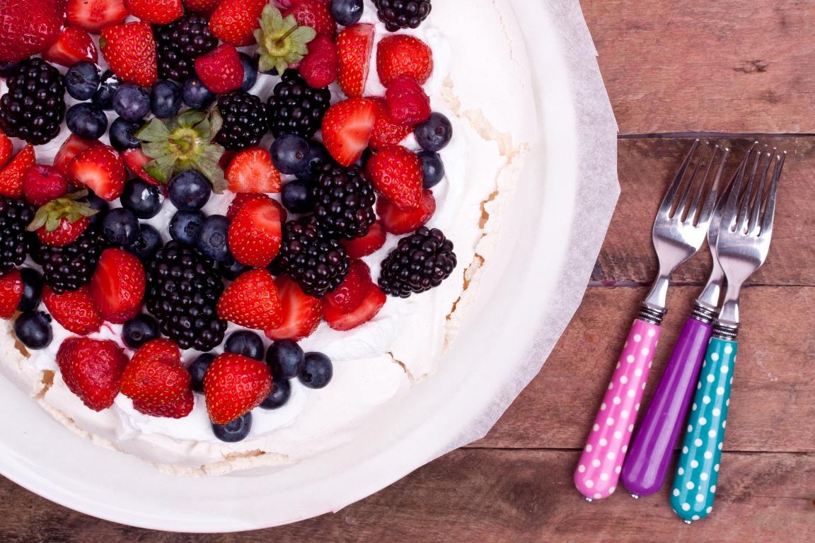Изысканный торт-безе «Павлова»