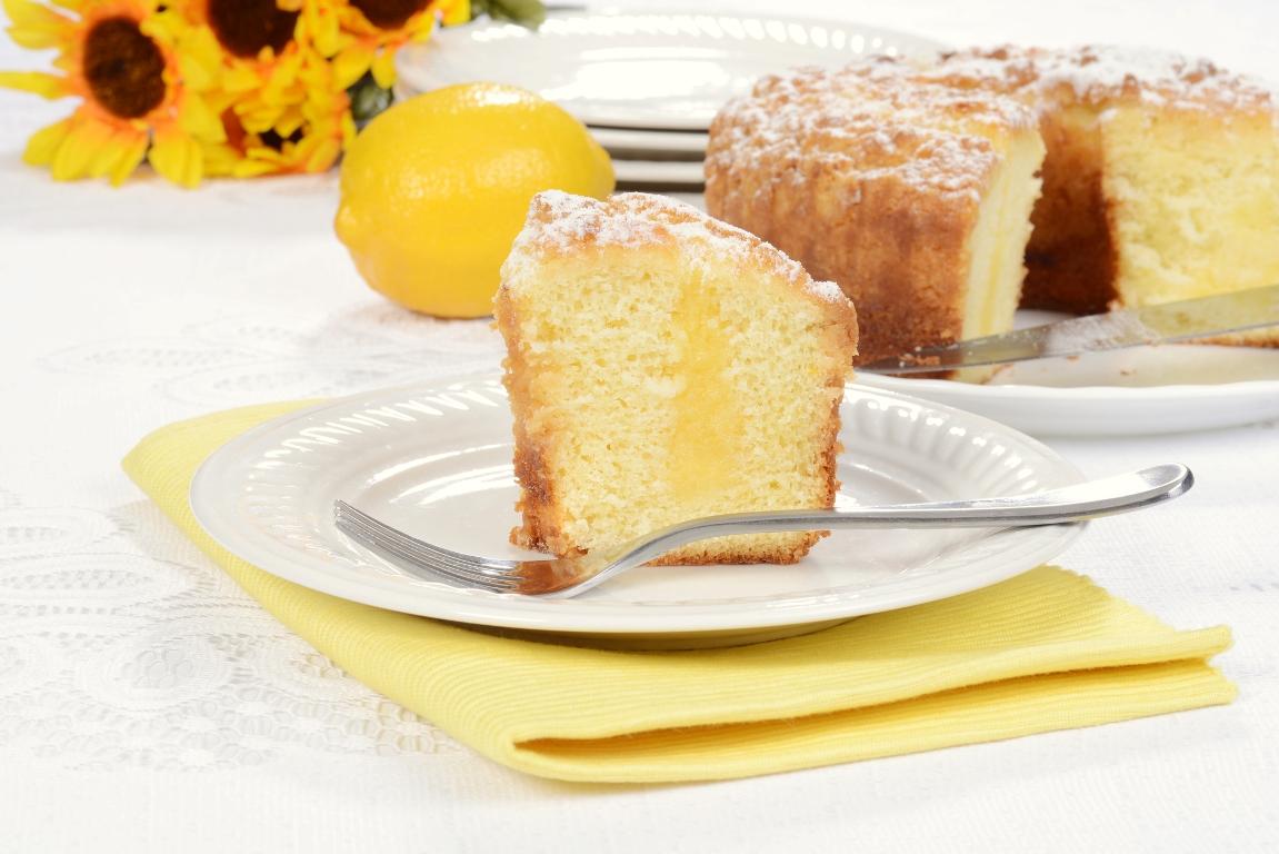 Ароматный пирог с лимоном