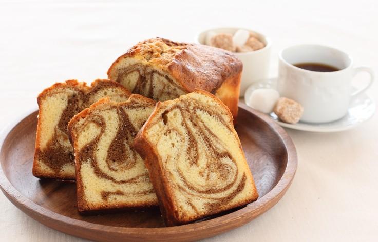 Фото Очень красивый и вкусный мраморный кекс.