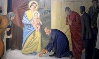 Живопись: В Витебском костеле появились фрески с Путиным и Обамой