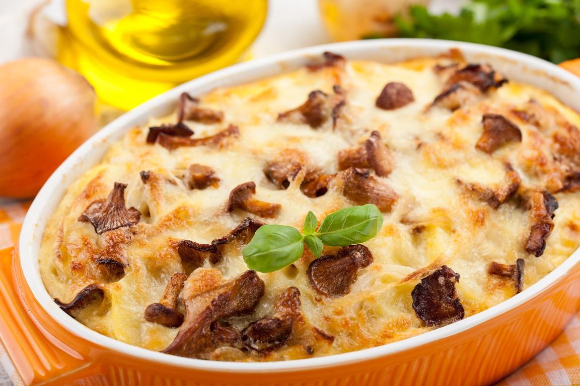 Вкуснейшая картофельная запеканка с курицей и грибами