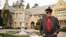 Идеи вашего дома: Как выглядит скандальный особняк Playboy, где скончавшийся Хью Хефнер проводил свои самые разгульные вечеринки