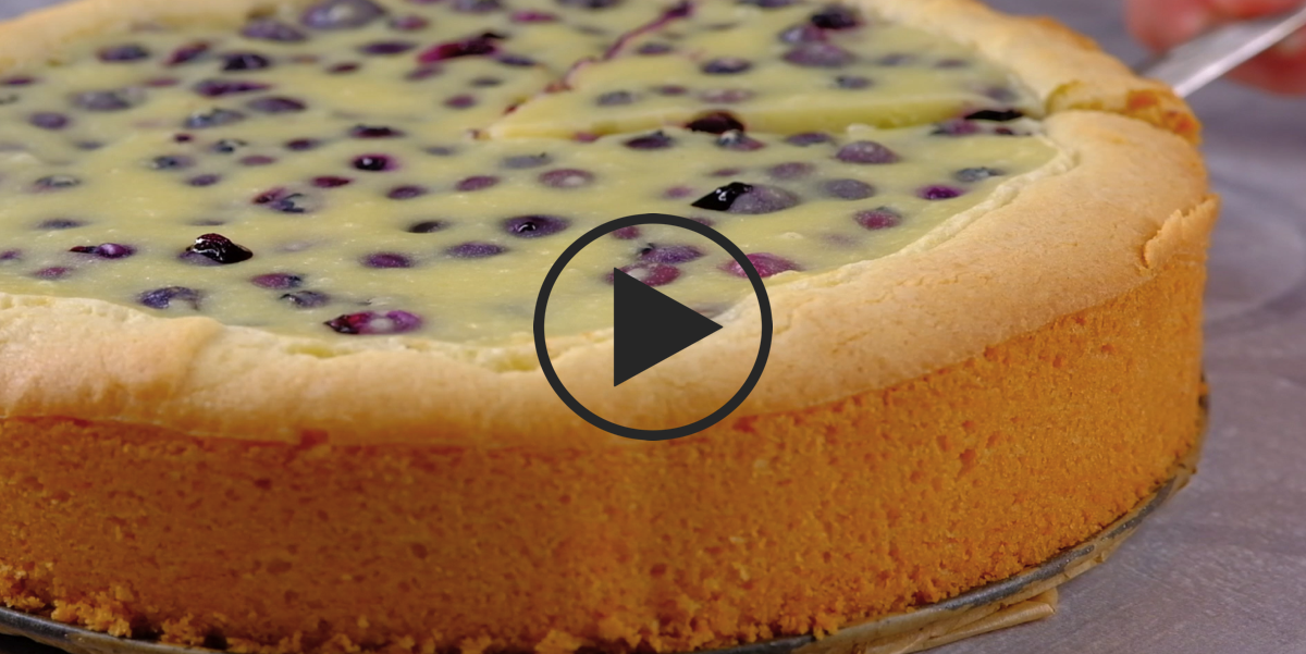 Финский пирог с черникой: видео-рецепт