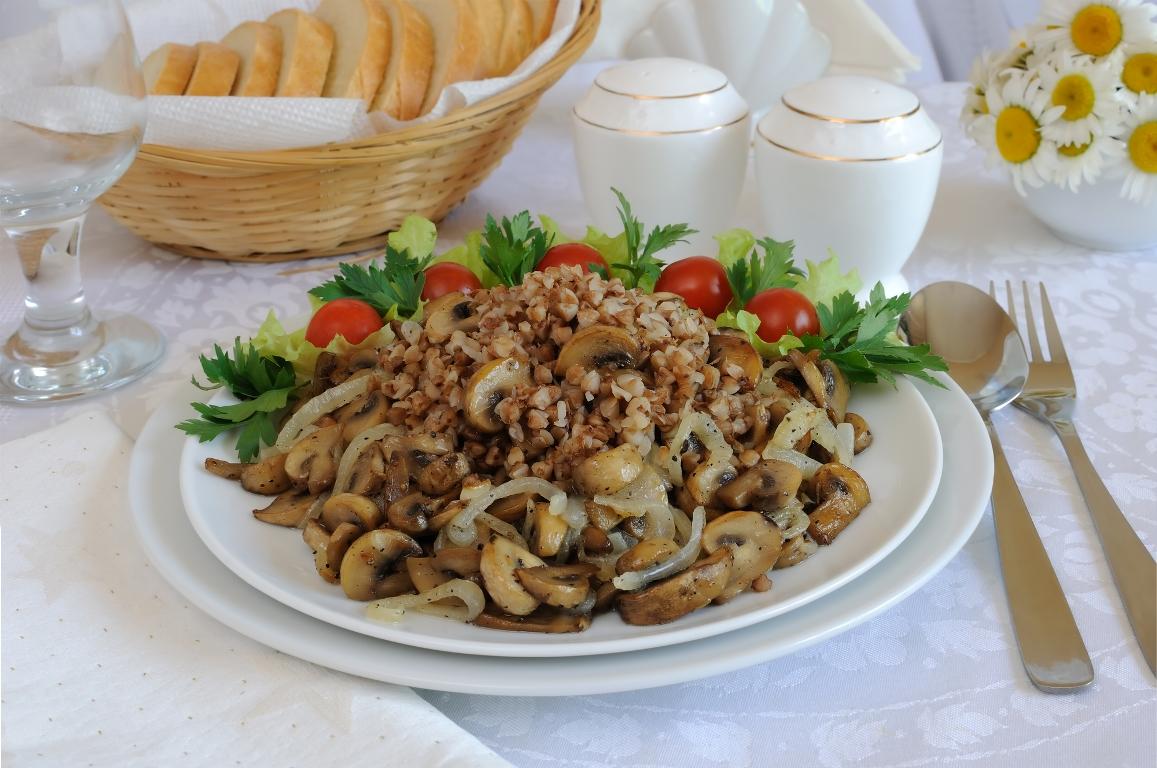Вкуснейшая гречневая каша с грибами