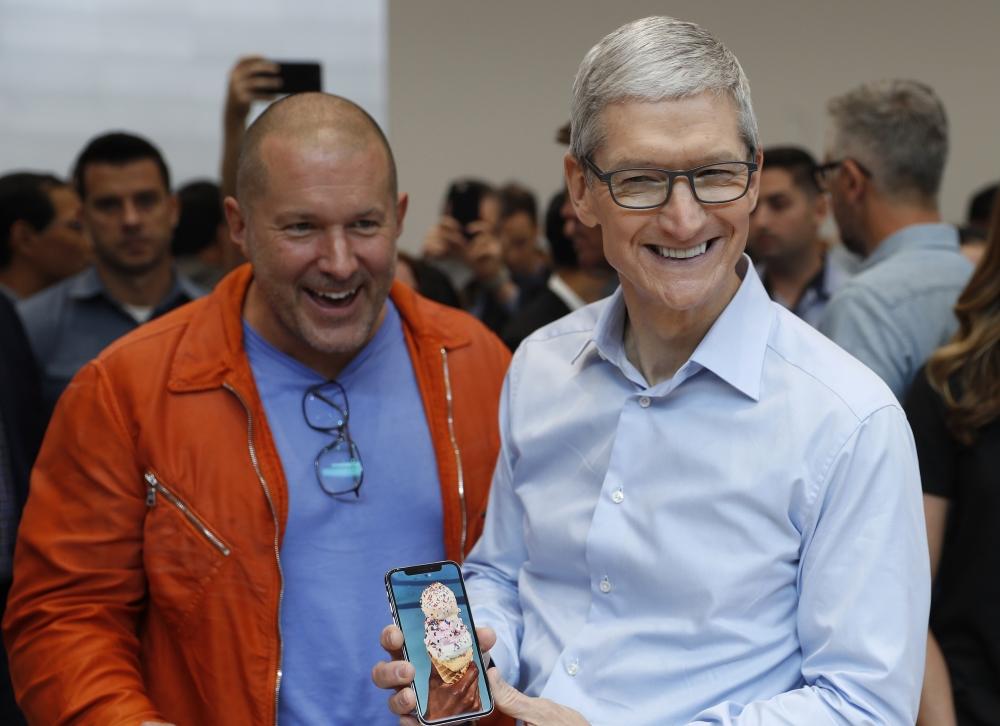 """""""Складывается впечатление, что враги уже пробрались в Apple и гадят"""""""