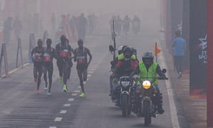 'My eyes are burning': Delhi holds half marathon despite pollution warning