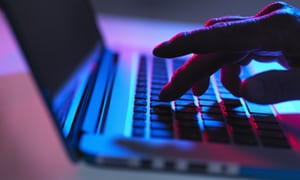 Early steps to trace and block the trolls who spread fake news | Open door | Paul Chadwick