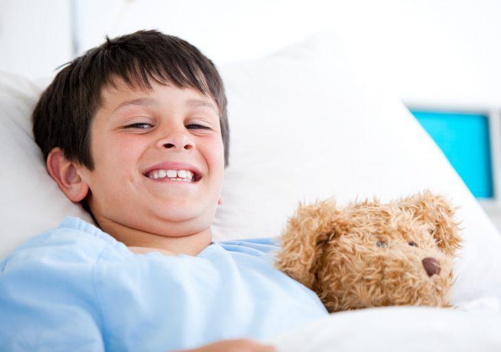 Фото Когда мне было шесть лет, я перенёс несложную операцию, но под действием наркоза. Тогда ещё услышал слова доктора, который объяснял моим родителям, что порой после медикаментозного сна у пациентов