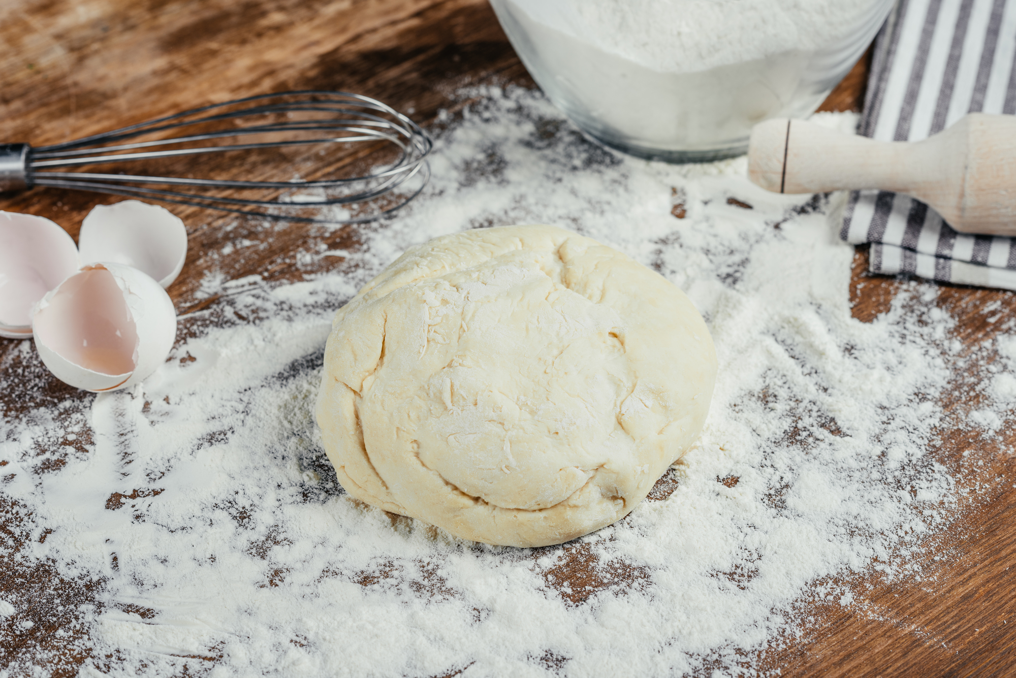 Тесто для пирогов, пирожков или пиццы