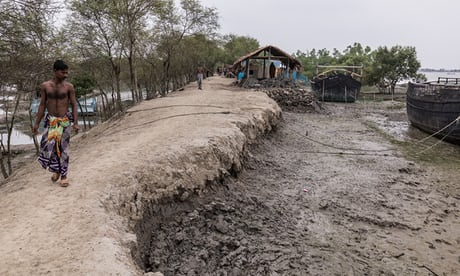 Photo of 'Boats pass over where our land was': climate refugees in Bangladesh | John Vidal