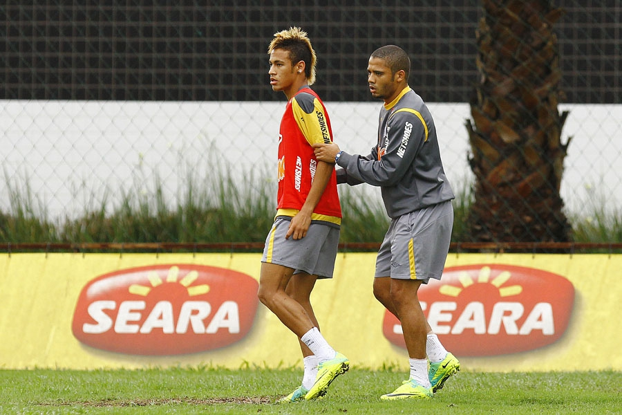 Photo of Reforço do Santo André, Adriano relembra passagem vitoriosa pelo Santos